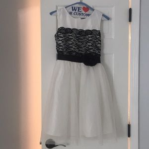 Other - Black and white formal dress
